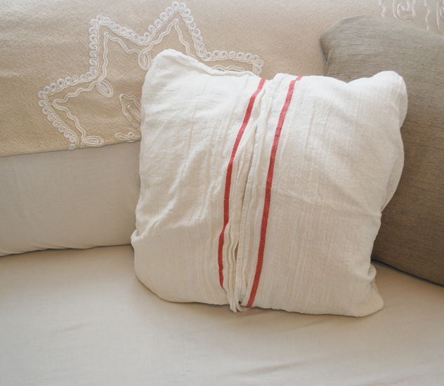 ikea christmas pillow