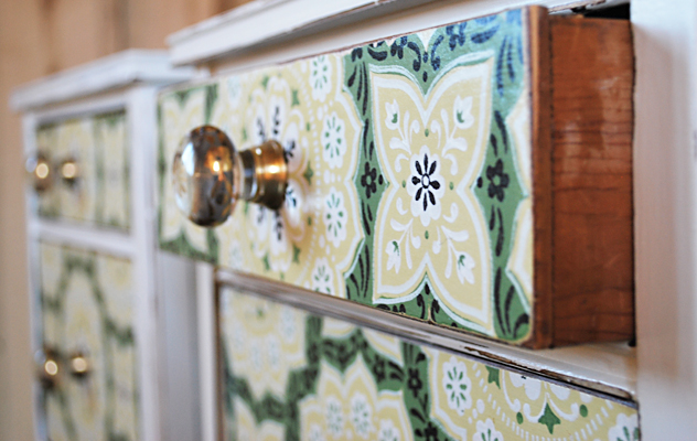no 16 end tables with vintage wallpaper