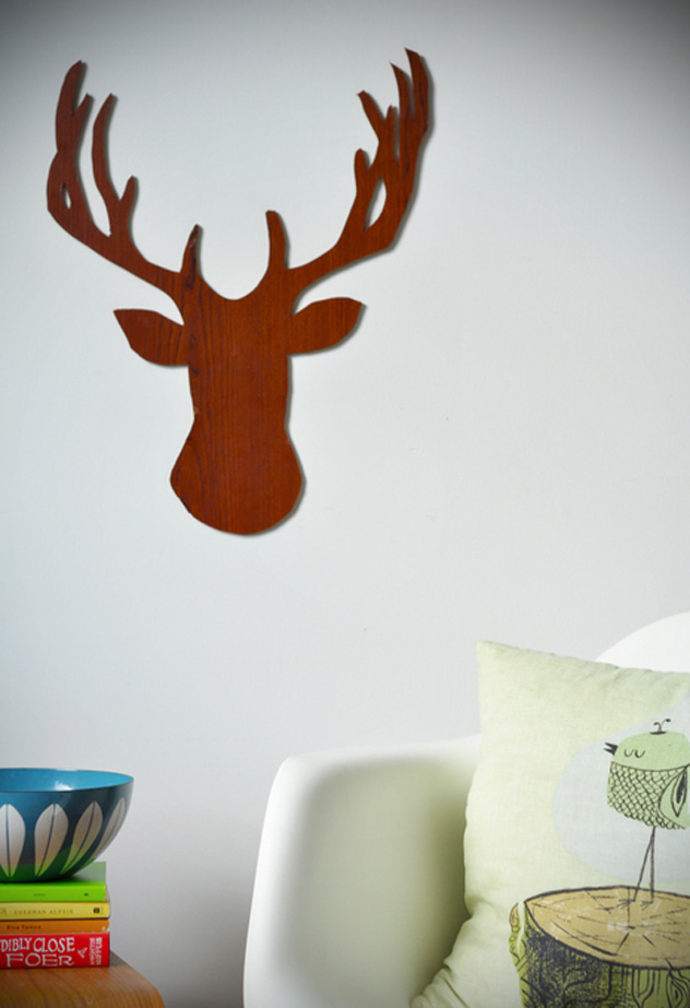diy deer wood decor